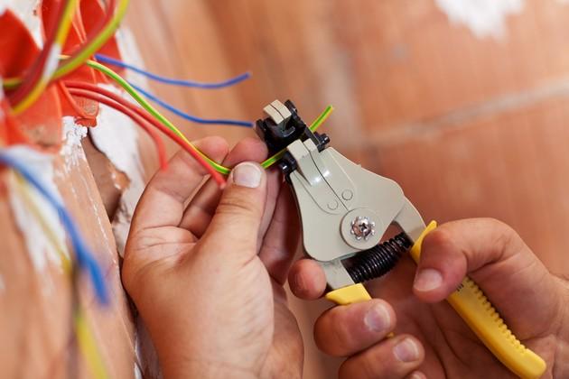 Как обеспечить надежную и качественную электропроводку в помещении