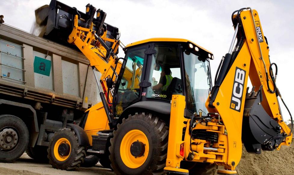 Аренда трактора или покупка: что выбрать?