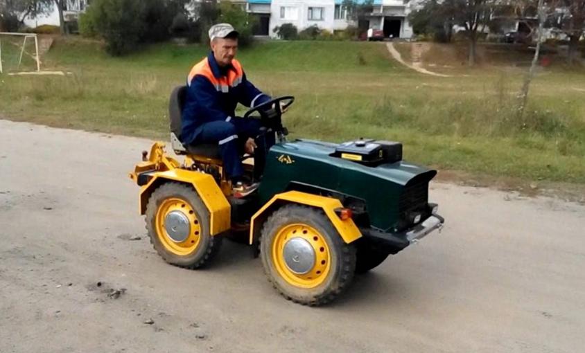 Самодельный мини-трактор на переломной раме: как и из чего
